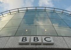 """""""Рускіх"""" довбуть у Латвії. Неврівноважена жінка зірвала інтерв'ю BBC"""